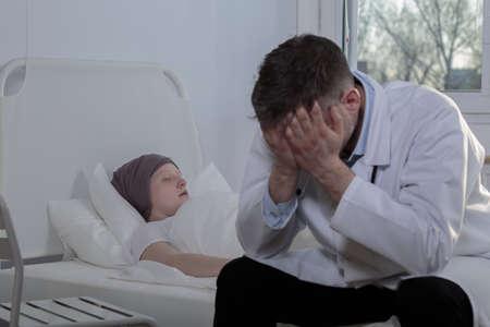末期がん患者や前立腺の医者 写真素材