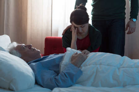 Young daughter depressed after her fathers death in hospital