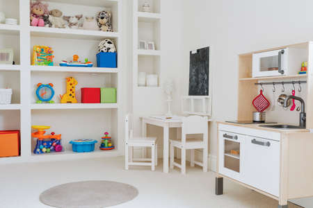 Close-up van schoonheid speelgoed in de kamer van het kind Stockfoto