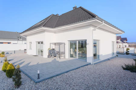 bungalows: Scandinavian modern white houses outside view