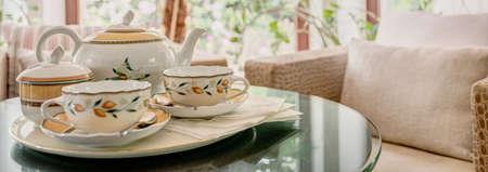 tasteful: Elegant and tasteful china on the table