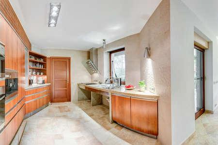 cucina moderna: cucina pulito e moderno in casa
