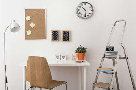 pinboard: Picture of designed desk for creative worker
