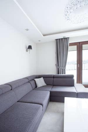 corner sofa foto royalty free, immagini, immagini e archivi ... - Lusso Angolo Divano Nel Soggiorno Camera Design Con Parete Di Vetro
