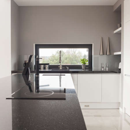 cucina moderna: Foto di moderno disegno in bianco e cucina bianca Archivio Fotografico