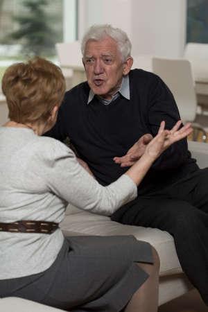 copule: Copule Aged est� cayendo y no puede llegar al acuerdo