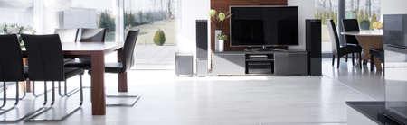big screen tv: Big screen TV in fashionable modern house