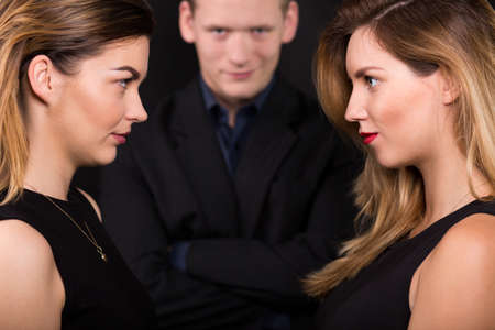 narcissistic: Two beauty alluring women and narcissistic man