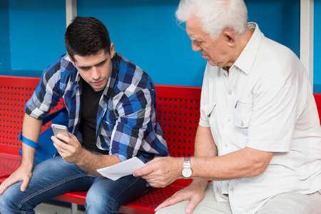 needing: Elder man needing help from young person