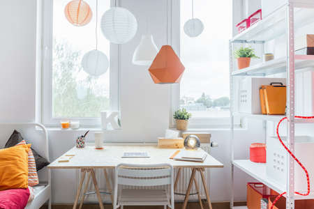 decor: Space for learning in modern teenagers room