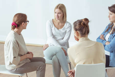 Meeting for young active women, support group Standard-Bild