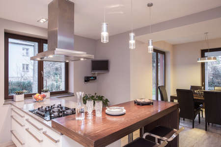nice: Sunny place for cooking in the house