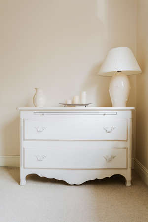 drawers: Zoom of white cottage style chest of drawers