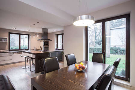 roomy: Sunny and modern dining room in the house
