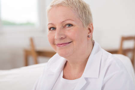 kind of: Nurse is nice and kind for her patients Stock Photo
