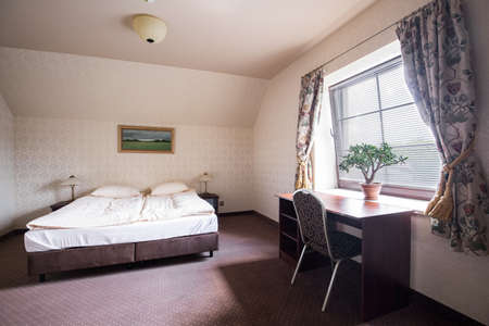 standard: Image of high standard hotel room with double bed