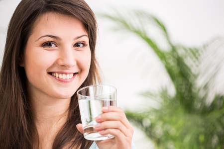 frescura: Fit vaso chica de agua mineral