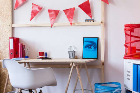 room decor: Space for learning in contemporary teen room