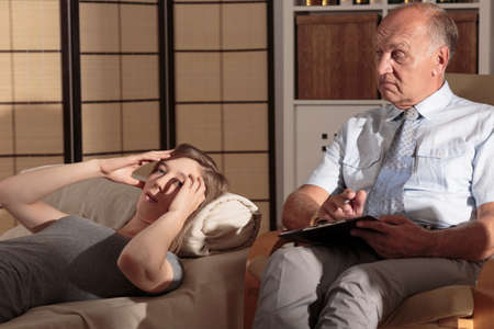 memory drugs: Psychologist is listening to his patients confession