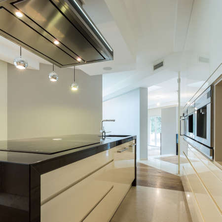 contemporary kitchen: Vertical view of worktop in contemporary kitchen Stock Photo