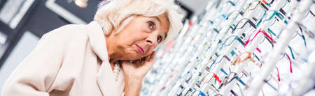 medical decisions: Wide range of glasses and frames at optical store
