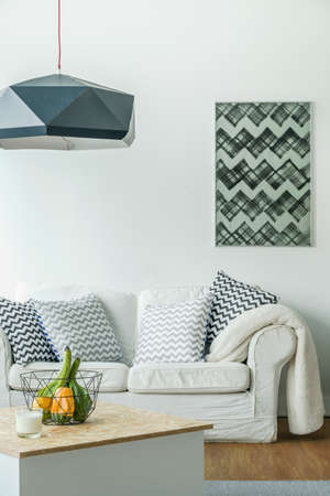 APARTMENT LIVING: Room design with trendy decorative pattern pillows