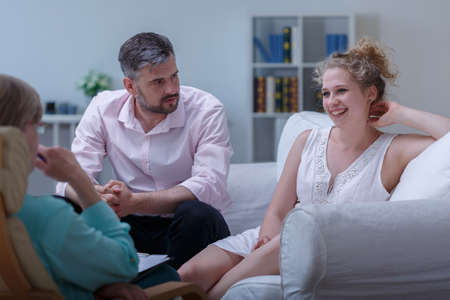 marital: Image of man and woman on marital therapy with psychologist