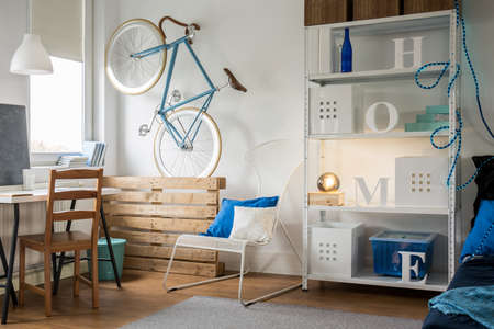 home accessories: Spacious and light studio flat for young person