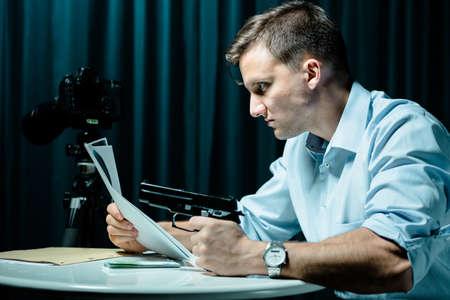 retaliation: Psychopath with gun wanting to kill somebody Stock Photo