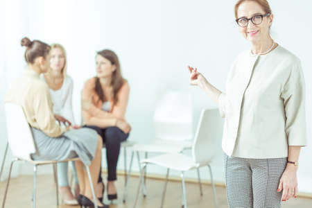 faithful: Life coach has her faithful female patients