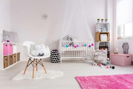 女の子のための居心地の良い保育室のショット 写真素材
