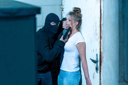 kidnapper: Dangerous kidnapper and his young female victim