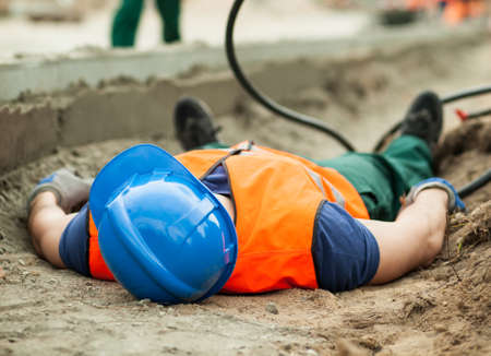 道路工事で危険な事故のイメージ