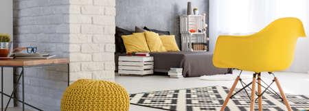 Schot van een stijlvolle, moderne studio-appartement Stockfoto