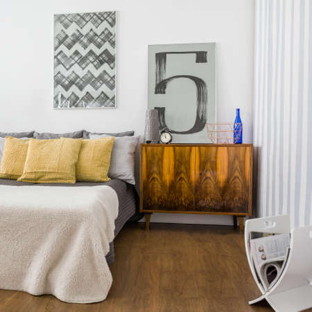 king size: Picture of stylish cozy bedroom with new furniture