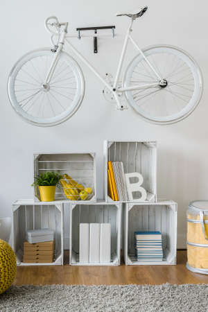 original bike: Creative way to make shelves with wooden boxes