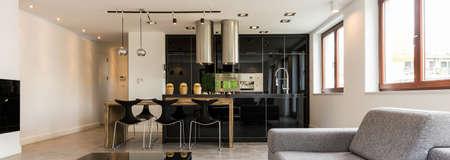 case moderne: foto panoramica di un soggiorno e una cucina