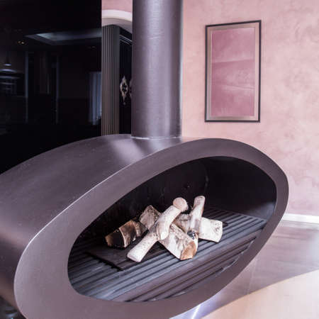 tasteful: Modern and tasteful fireplace in the house