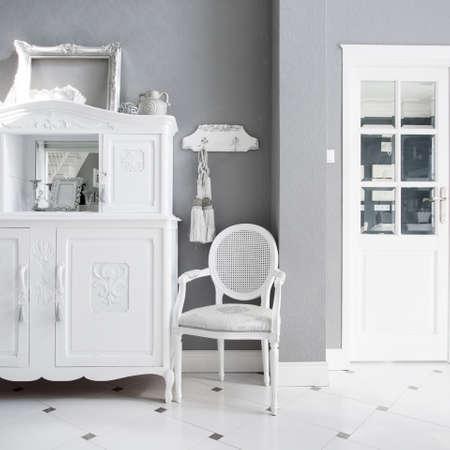 Vista de los muebles de la vendimia en inter caro
