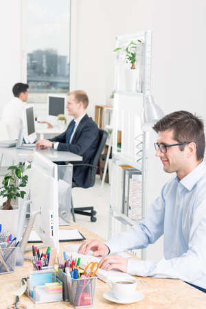 open space: Open space working area with freestanding positions for workers Stock Photo