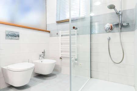 doccia senza piastrelle: tutti i piatti doccia e molto di più idee ... - Bagni Moderni Senza Piastrelle