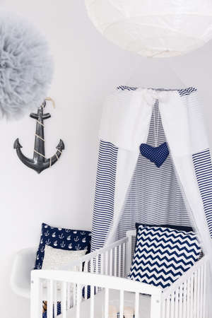 lightsome: Adorable baby bed with canopy and nautical accessories