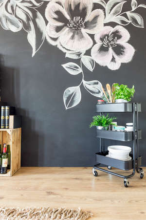 chalky: Kitchen with black wall decorated with chalky drawing