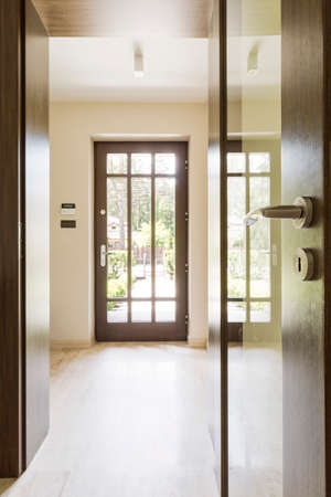 lightsome: Elegant and bright corridor with main entrance to the house