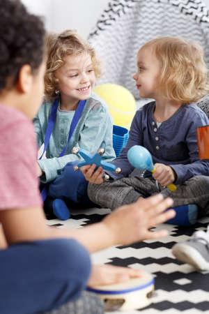 男の子と幼稚園で友達としての女の子