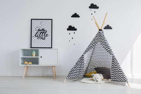 Tipi tent in the black and white kid room