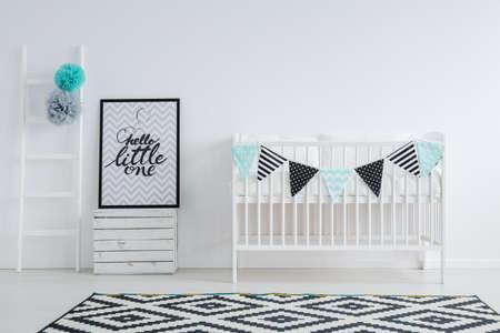 Tapis graphique en chambre de bébé noir et blanc Banque d'images - 81515092