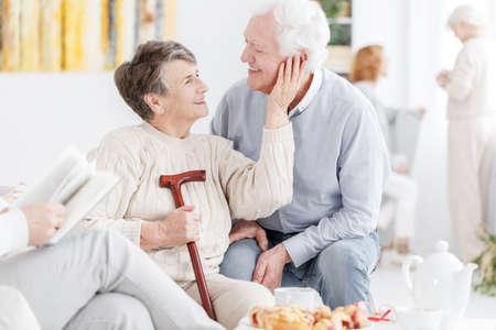 愛する特別養護老人ホームで夫婦一緒に 写真素材