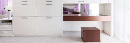 White and brown furniture in modern interior Imagens