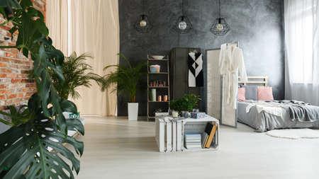 Uitzicht op stijlvol, luxueus industrieel appartement